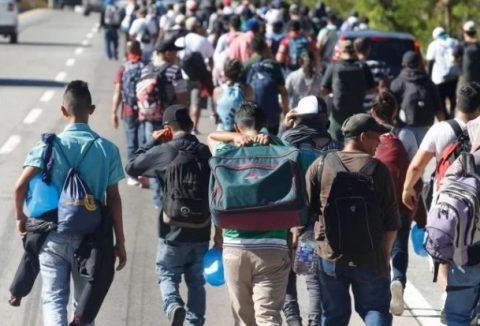 GUATEMALA FACILITA EL PASO A CARAVANA DE MIGRANTES