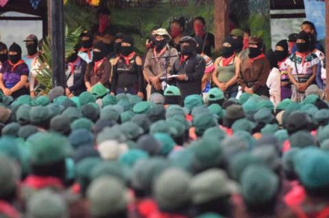 (EZLN) EJÉRCITO ZAPATISTA EN MÉXICO DICE QUE NO LE TEME A LÓPEZ OBRADOR