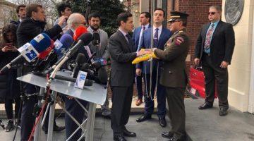ENVIADOS DE GUAIDÓ TOMAN TRES SEDES DIPLOMÁTICAS EN EU