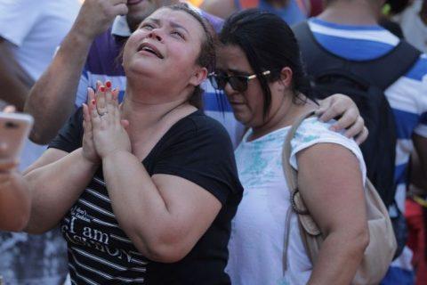 SUBEN A CINCO LOS MUERTOS POR DERRUMBE DE APARTAMENTOS EN BRASIL