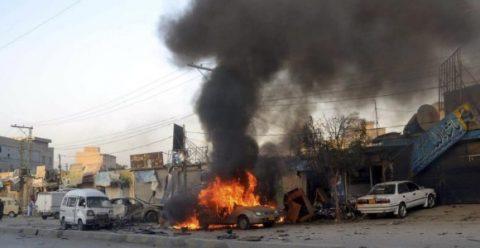 ESTAS FUERON LAS CONSECUENCIAS TRAS LA EXPLOSIÓN DE UN COCHE BOMBA EN AFGANISTÁN